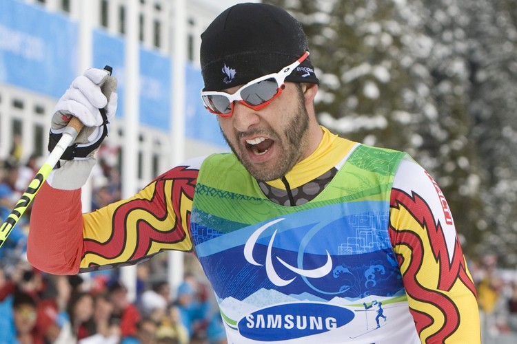Le fondeur malvoyant Brian McKeever... (Photo: PC)