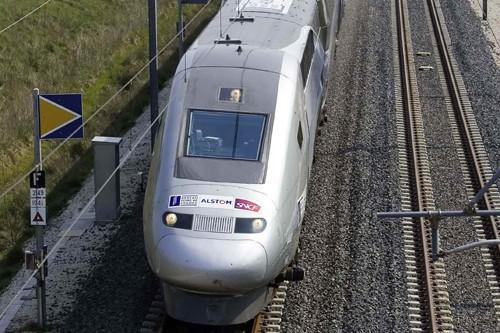 Le train à grande vitesse Montréal-New York ne verra... (Photo: Archives Reuters)