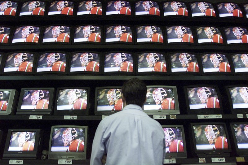 Les stations privées de télévision... (Photo Archives Presse Canadienne)