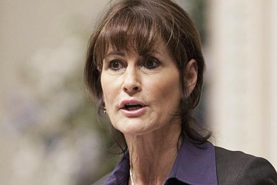 La ministre de la Justice, Kathleen Weil... (La Presse Canadienne)