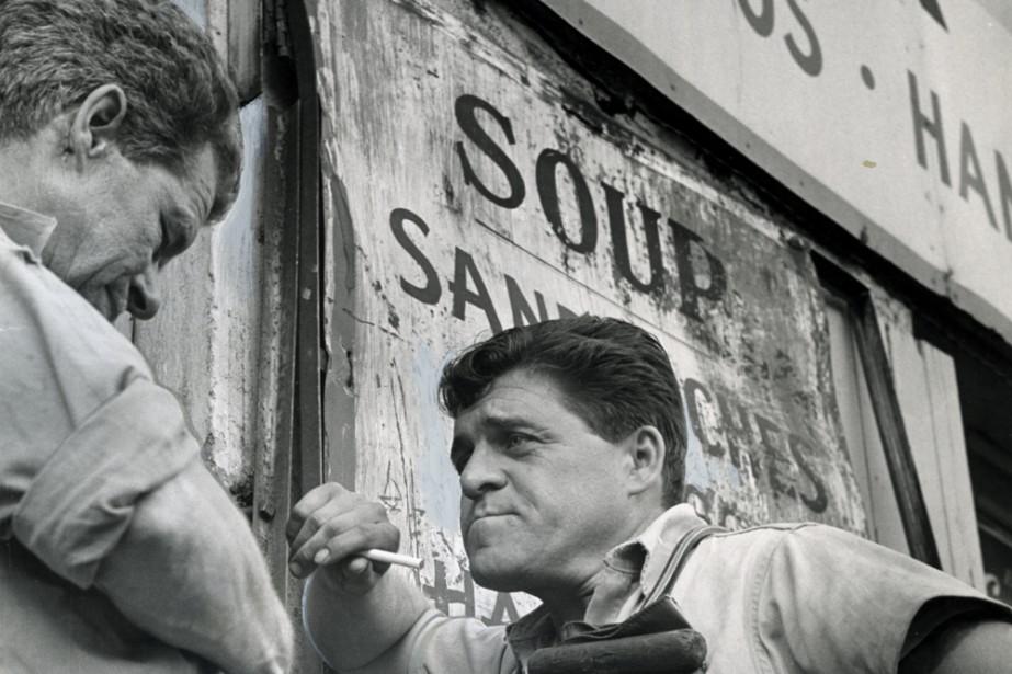 Des employés en grève photographiés le 4 octobre... (Photo: René Picard, archives La Presse)