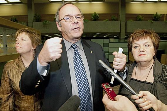 Le président de la FTQ, Michel Arsenault et... (La Presse Canadienne)