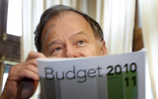 Le ministre des Finances, Raymond Bachand.... (Photo Reuters)