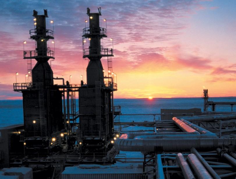 Consommer encore plus de pétrole, est-ce vraiment la... (PHOTO: ARCHIVES AP)