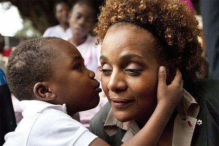 Michaëlle Jean a visité Haïti, suite au tremblement... (Photo: PC)
