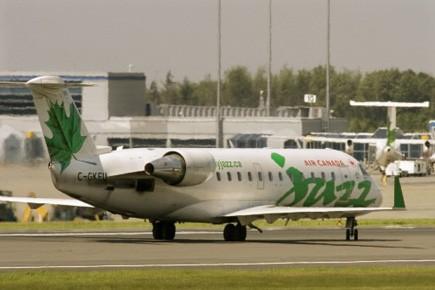 Le transporteur aérien, établi à Halifax, vend actuellement... (Photo: Andrew Vaughan, PC)
