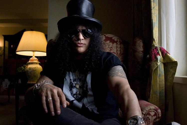 Le guitariste Slash... (Photo: PC)