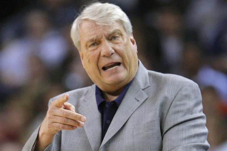 L'entraîneur des Warriors de Golden State, Don Nelson... (Photo: Reuters)