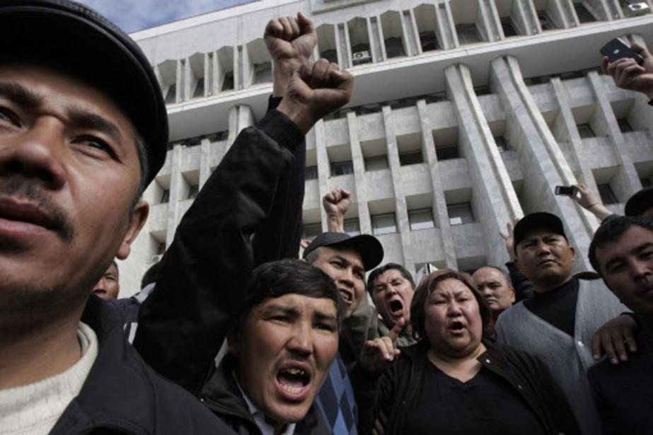 Des violences ethniques visant en particulier la minorité... (Photo: AP)