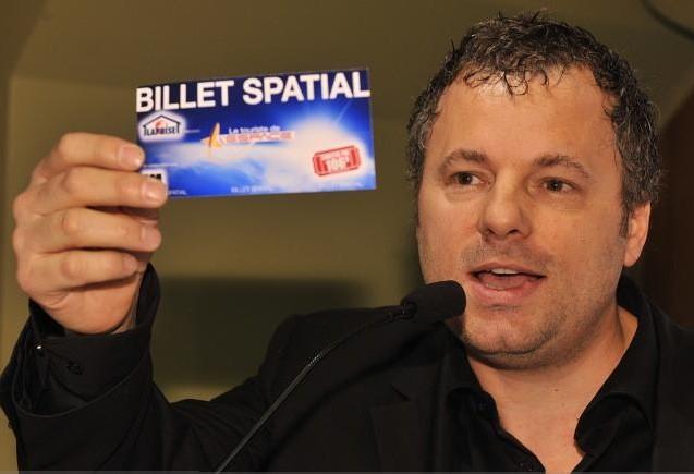 Louis Massicotte, président de Sortir FM, à l'annonce... (Le Soleil, Patrice Laroche)