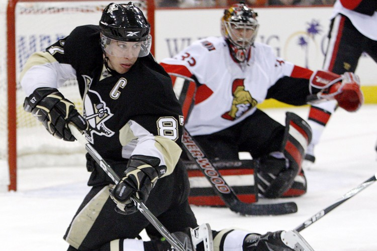 Sidney Crosby a récolté 13 points en 17... (Photo: AP)