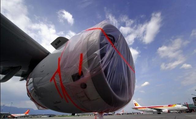 Des avions sont cloués au sol un peu... (AFP)