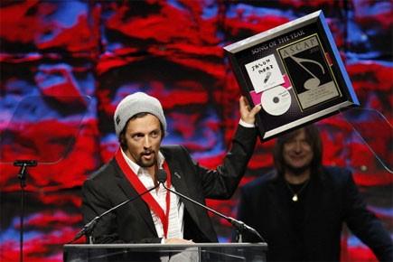 Jason Mraz a reçu le trophée de la... (Photo: Reuters)