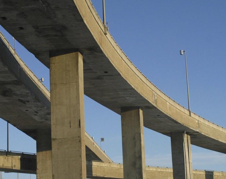 Quel projet sera acdepté pour remplacer l'actuel échangeur... (PHOTO: ARCHIVES LA PRESSE)