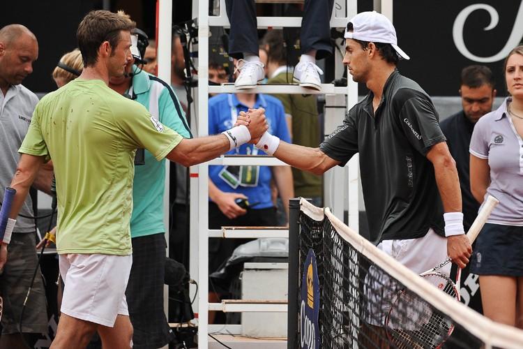 Juan Carlos Ferrero (à gauche) a été battu... (Photo: AFP)