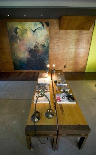 L'architecte Natalie Dionne conçoit et réalise principalement des maisons neuves. Son studio loge dans sa résidence dite Maison en U. Cette propriété a obtenu le Prix d'excellence en architecture de l'OAQ, catégorie architecture résidentielle (unifamiliale), en 2009. | 30 mars 2011