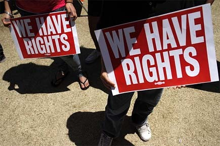 Les manifestations se multiplient aux États-Unis depuis l'adoption,... (Photo: Reuters)