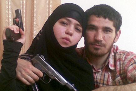 La terroriste Djennet Abdourakhmanova et son mari Oumalt... (Photo: AP)