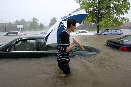 Un étudiant se déplace sur le campus de... (Photo: AP)