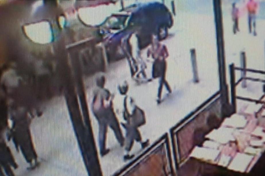 La vidéo montre un homme blanc d'une quarantaine... (Photo: AP)