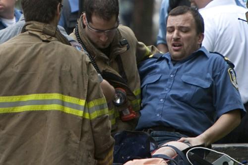 Blessé à la jambe, le constable spécial a... (Photo: Ivanoh Demers, La Presse)