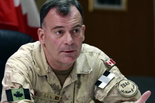 Le Lieutenant-général Marc Lessard, responsable du Commandement de... (Photo: Archives Reuters)