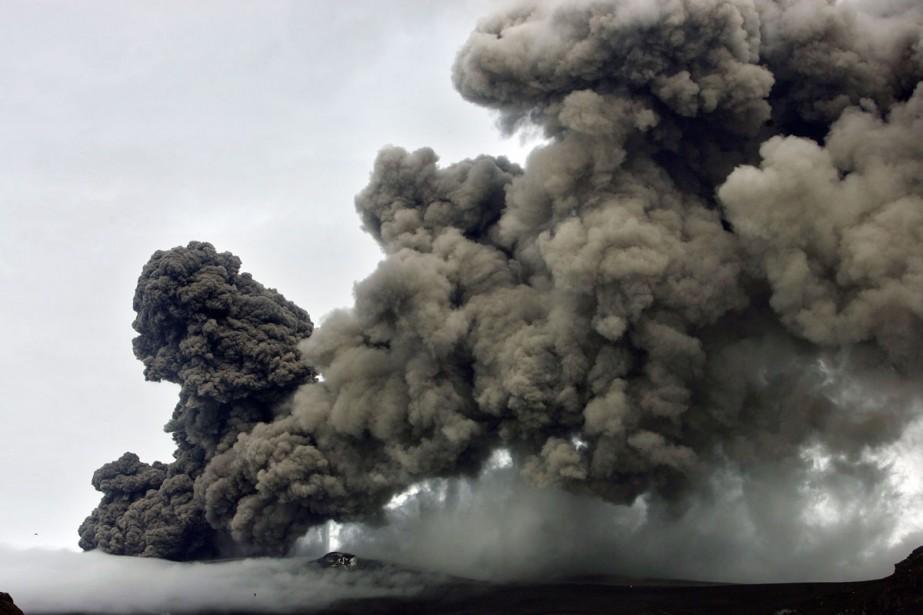 Les cendres crachées par le volcan islandais sont... (Photo: AP)
