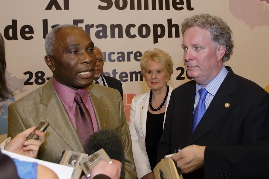 L'ex-premier ministre d'Haïti, Jacques Édouard Alexis, et le... (Photo: Clément Allard, Gouvernement du Québec, Archives La Presse)