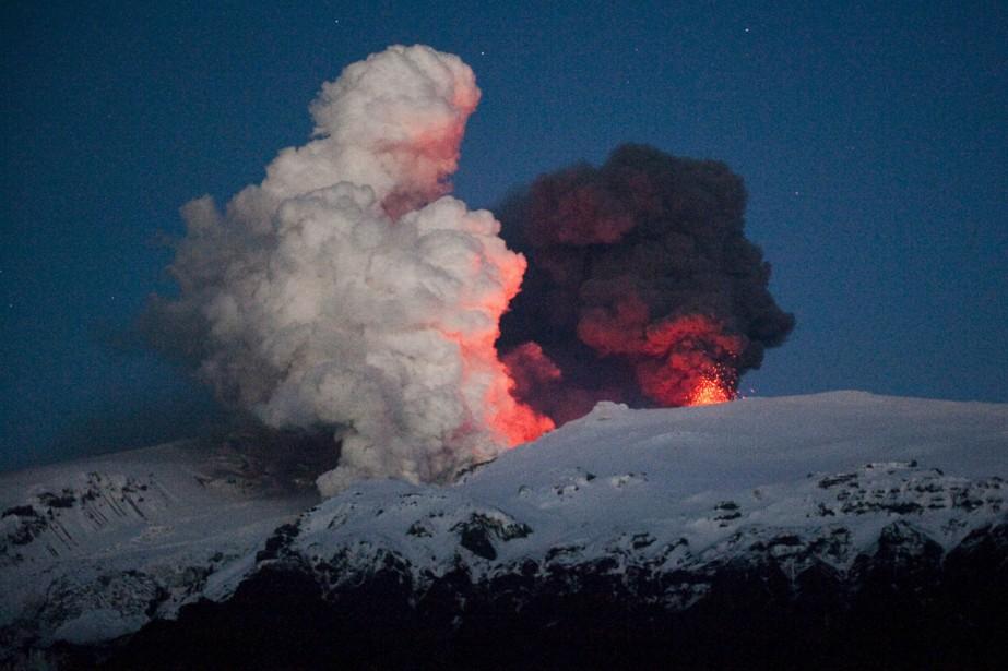 Le volcan islandais Eyjafjöll est de nouveau dans... (Photo: AFP)