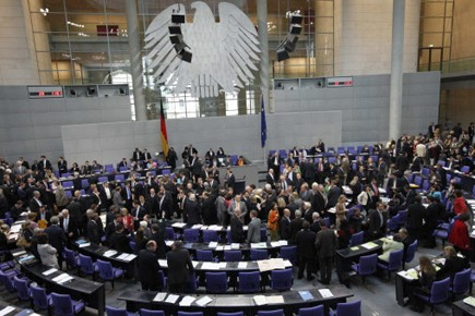 Le Bundestag lors du vote de l'aide à... (Photo Reuters)