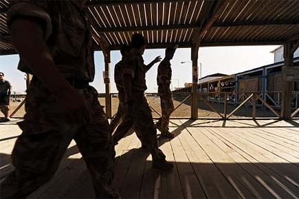 Environ 10 000 soldats britanniques sont déployés en... (Photo: AFP)