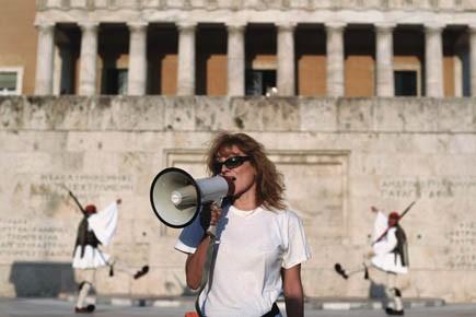 Une femme lors d'une manifestation contre le plan... (Photo AFP)
