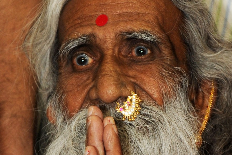 Le yogi à la longue barbe, Prahlad Jani,... (Photo: AFP)