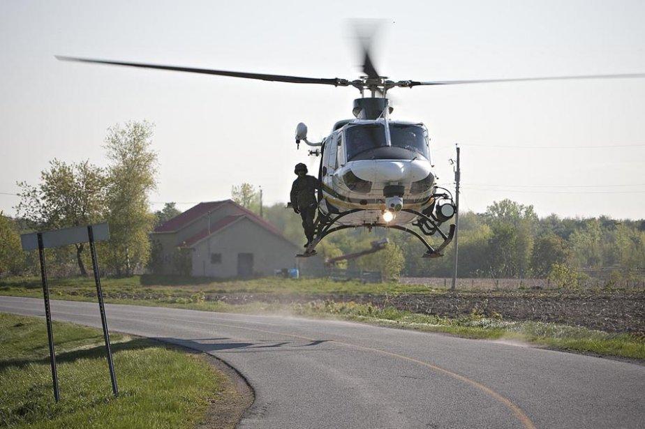 Pin vue a rienne du porte h licopt re quot izumo quot for Porte helicoptere