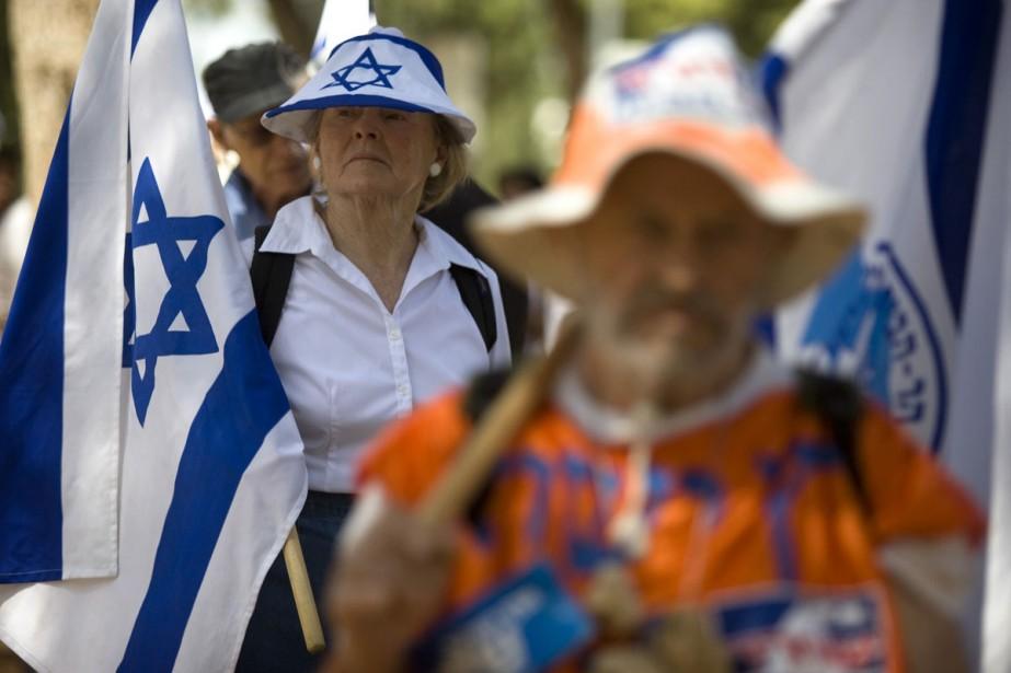 Des milliers de personnes, en majorité des juifs... (Photo: AP)