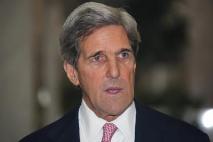 Le sénateur John Kerry est le principal auteur... (Photo Reuters)