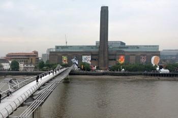 Le Tate Modern de Londres... (Photo: AFP)