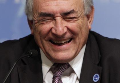 L'effervescence entourant l'ex-ministre des Finances du gouvernement français,... (Photo: Yuri Gripas, Reuters)