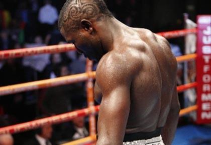 La fiche  du boxeur québécois d'origine camerounaise... (Photo: David Boily, archives La Presse)