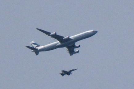 Des CF-18 Hornet du NORAD ont escorté l'avion... (Archives La Presse Canadienne)