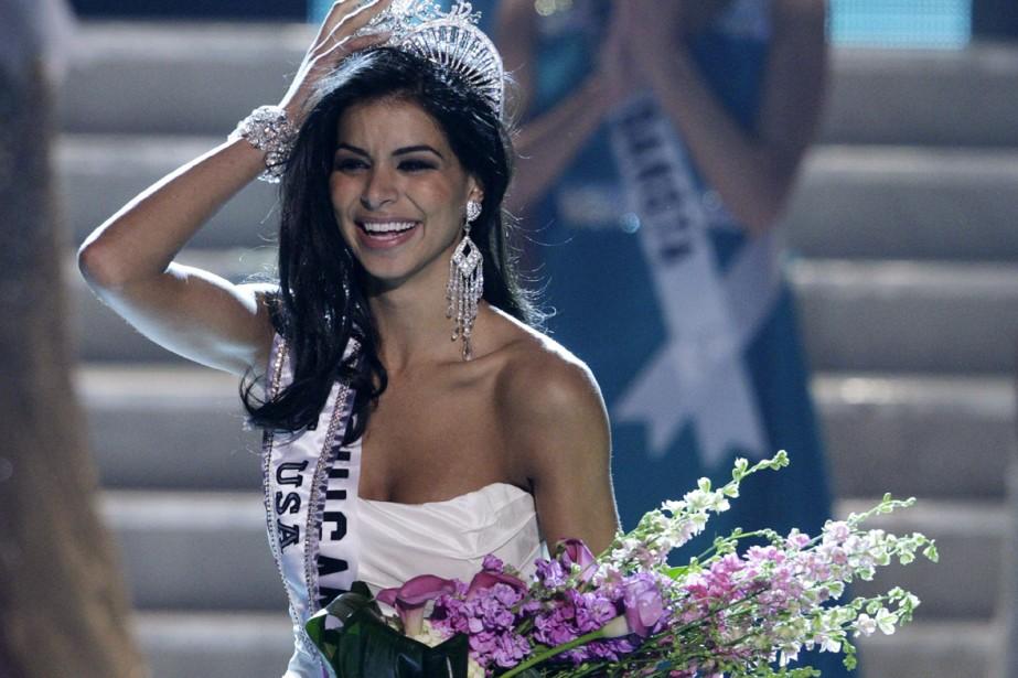 La nouvelle Miss USA, Rima Fakih... (Photo: AFP)