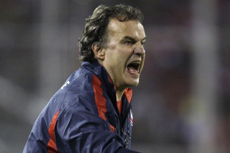 Marcelo Bielsa... (Photo: AP)