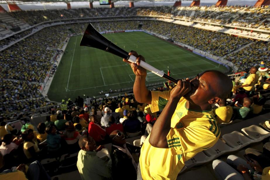 Les vuvuzelas sont de longues trompettes de plastique... (Photo: AFP)