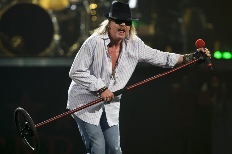 Axl Rose lors du spectacle de Guns N'... (Photo: Robert Skinner, La Presse)