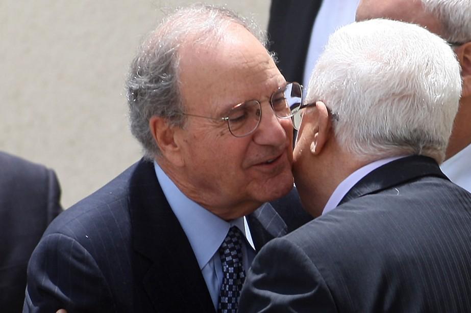 George Mitchell et Mahmoud Abbas se rencontré pour... (Photo: AFP)