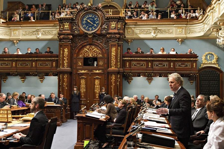 Les députés québécois ont voté à l'unanimité en... (Photo: Archives PC)