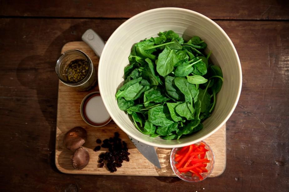 Une salade crue ? Non, ce n'est pas un... (Photo: Marco Campanozzi, La Presse)