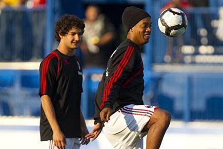 Ronaldinho s'est amusé avec le ballon lors de... (Photo: François Roy, La Presse)