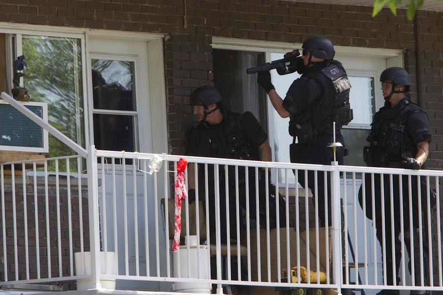 Des policiers du Groupe tactique d'intervention ont été... (Photo: Patrick Sanfaçon, La Presse)