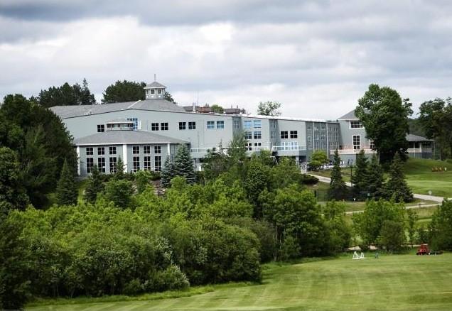 L'auberge Deerhurst, où s'est tenu le sommet du... (La Presse Canadienne)